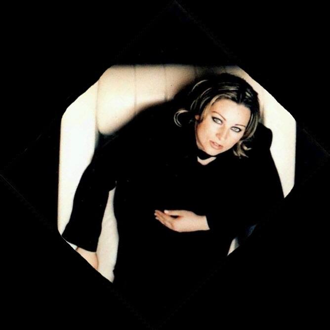 Linn Berggren (2002)